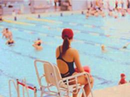 プール監視